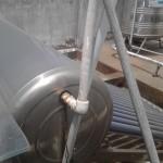 Thay roon máy nước nóng năng lượng mặt trời